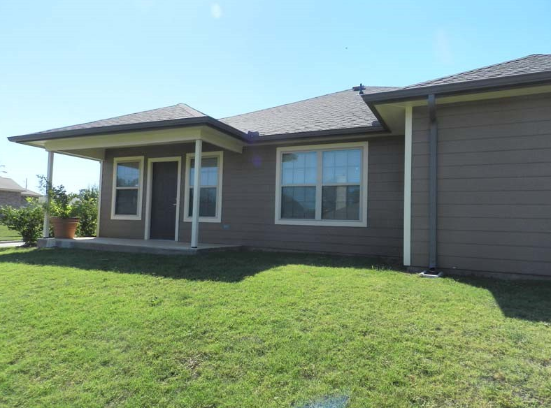 Exterior at Listing #150835