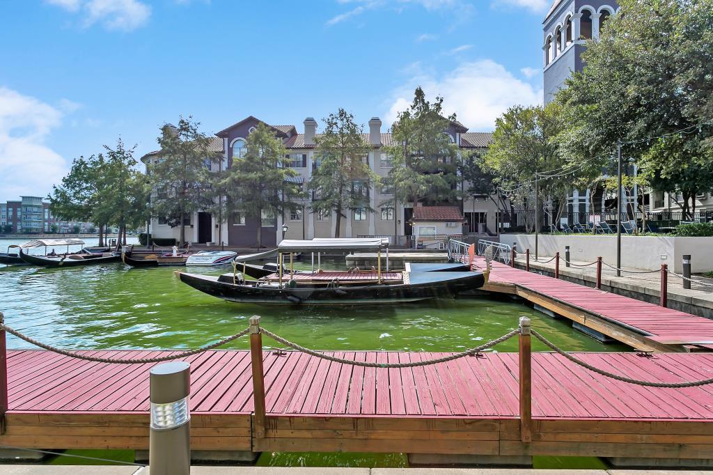 Alesio Urban Center Towers ApartmentsIrvingTX
