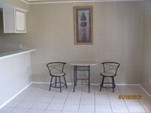 Dining at Listing #136150