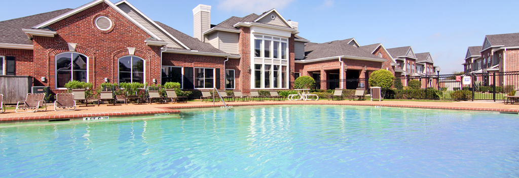 Pool at Listing #150447