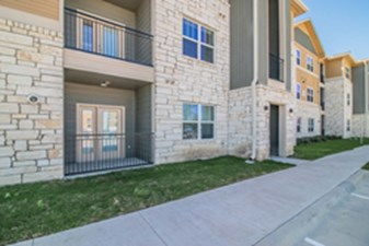 Exterior at Listing #298233