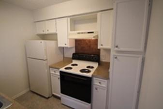 Kitchen at Listing #136280