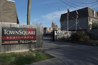 Town Square at Listing #252751