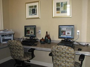 Business Center at Listing #145063