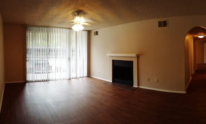 Living at Listing #137164