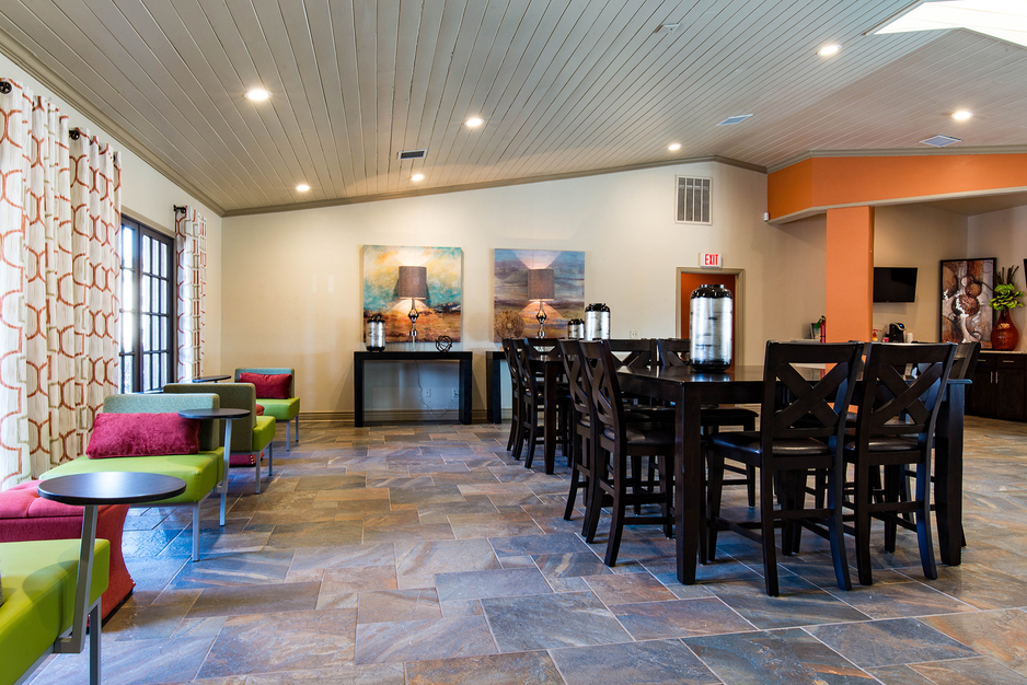 Clubhouse at Listing #137295