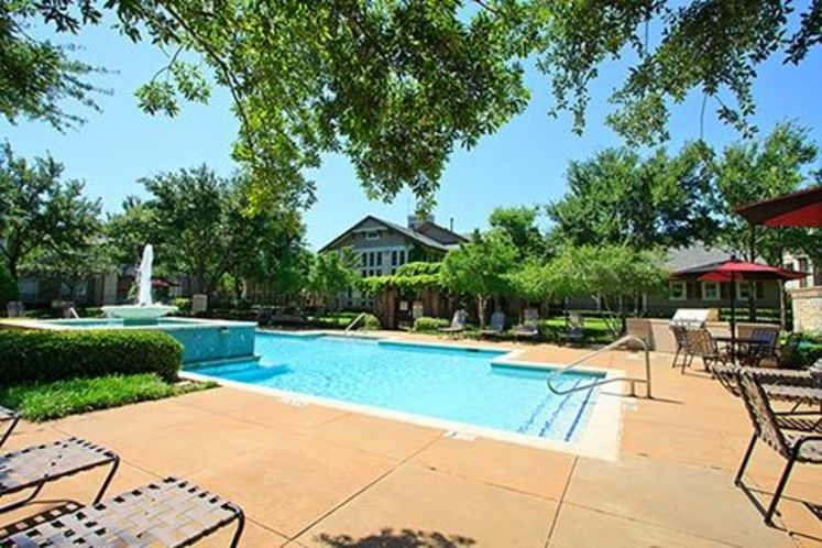 Pool at Listing #137918