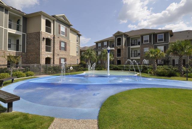 Pool at Listing #147784