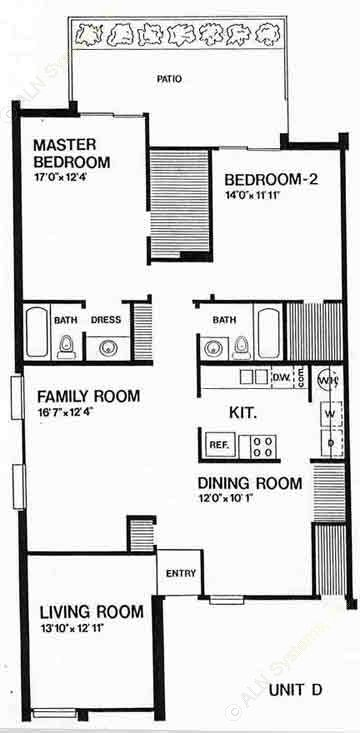 1,382 sq. ft. D floor plan