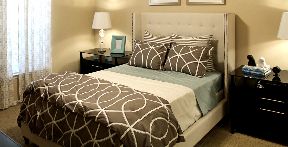 Bedroom at Listing #138859