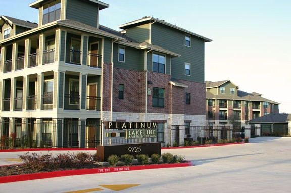 Platinum Lakeline Apartments Austin, TX