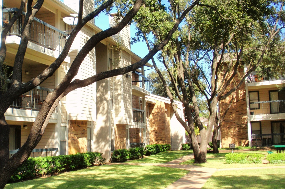 Bachman Oaks Apartments