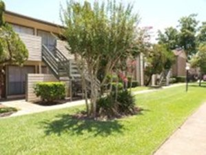 Exterior at Listing #139691