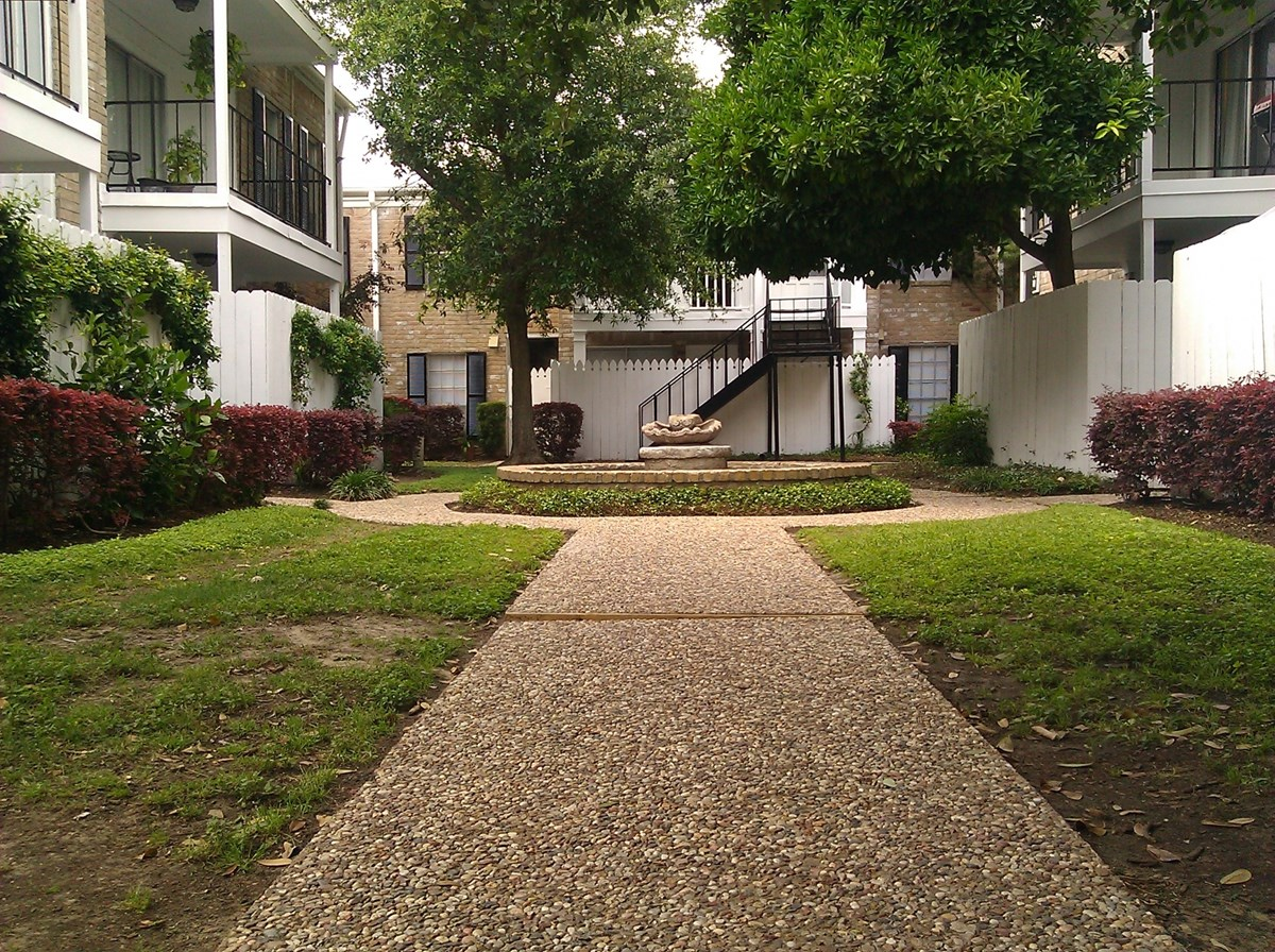 Winrock Apartments Houston TX