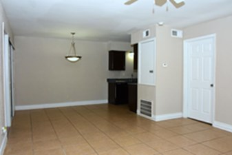 Living/Dining at Listing #139329