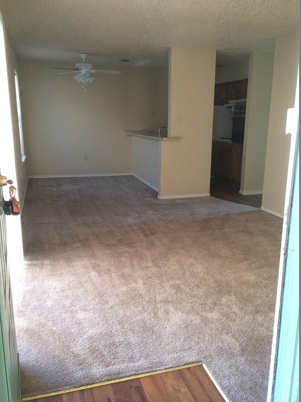 2 bdrm 2nd floor at Listing #217963