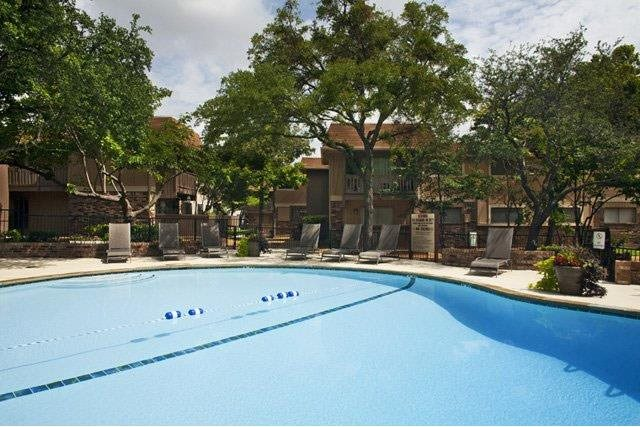Pool at Listing #137241