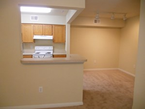 Dining at Listing #140743