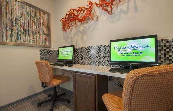 Business Center at Listing #138855