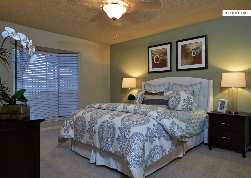 Bedroom at Listing #139872