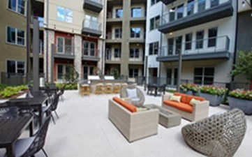 Courtyard at Listing #302055