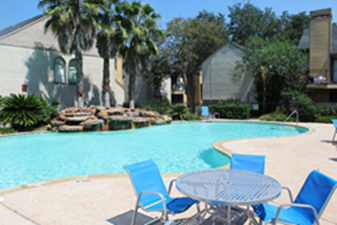 Pool at Listing #138637