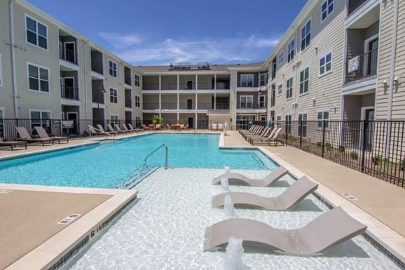 Urban Oaks Apartments