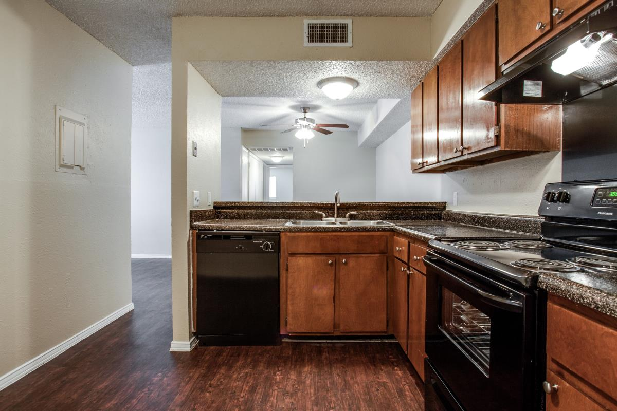 Kitchen at Listing #136986