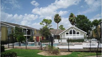 Pool at Listing #139952