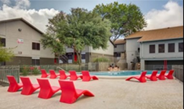 Pool at Listing #140258