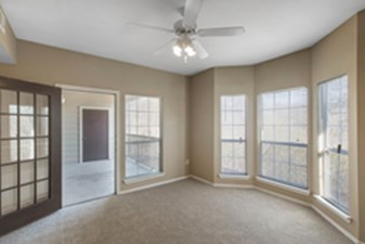 Living at Listing #137954