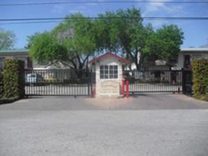 Entrance at Listing #139542