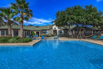 Pool at Listing #140781