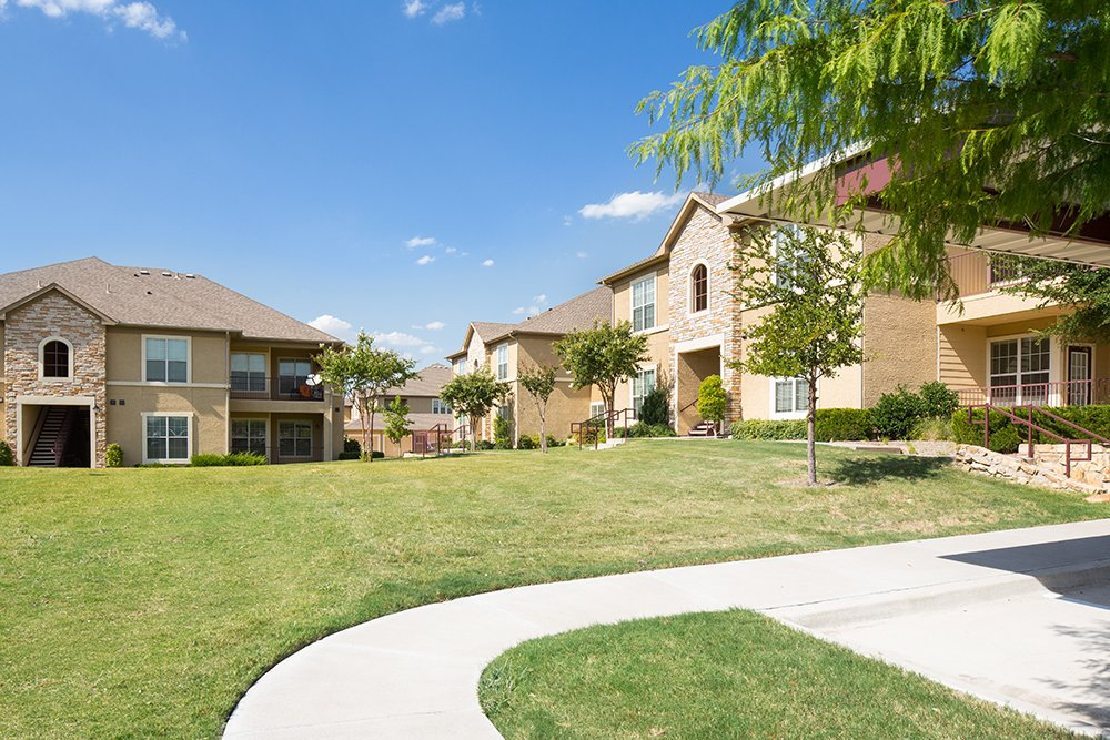 Exterior at Listing #144727