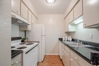 Kitchen at Listing #137383