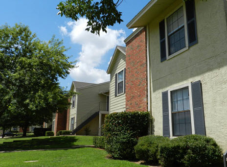 Exterior at Listing #279488