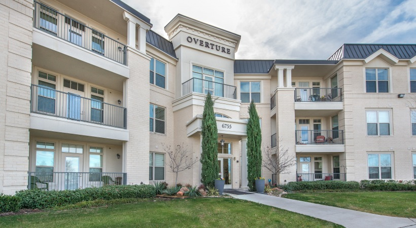 Exterior at Listing #226278