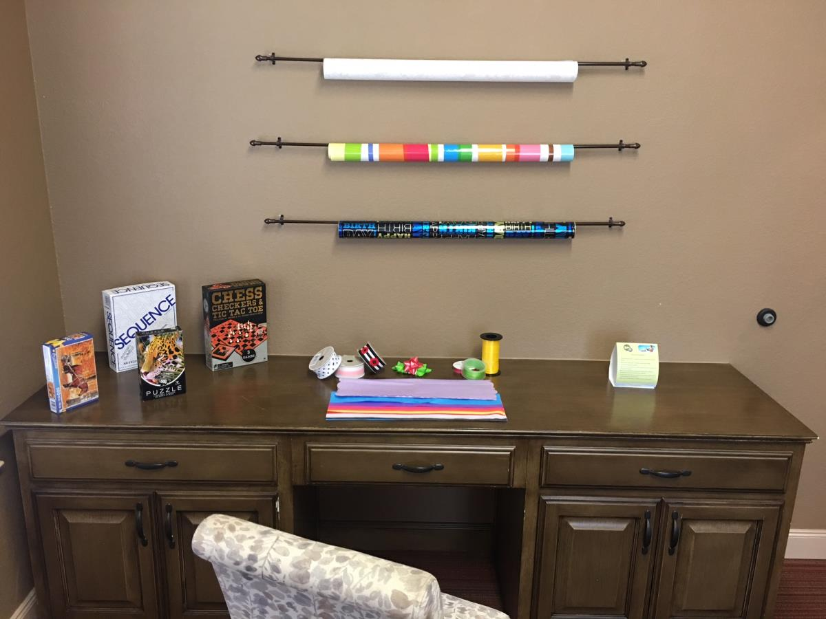 Wrapping Station at Listing #261426