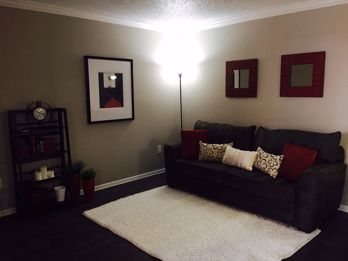 Living at Listing #135971