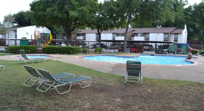Pool at Listing #213272