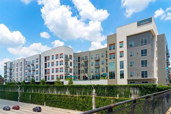 Encore Montrose Apartments