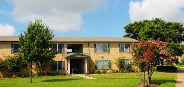 Santa Maria Village Apartments Austin TX
