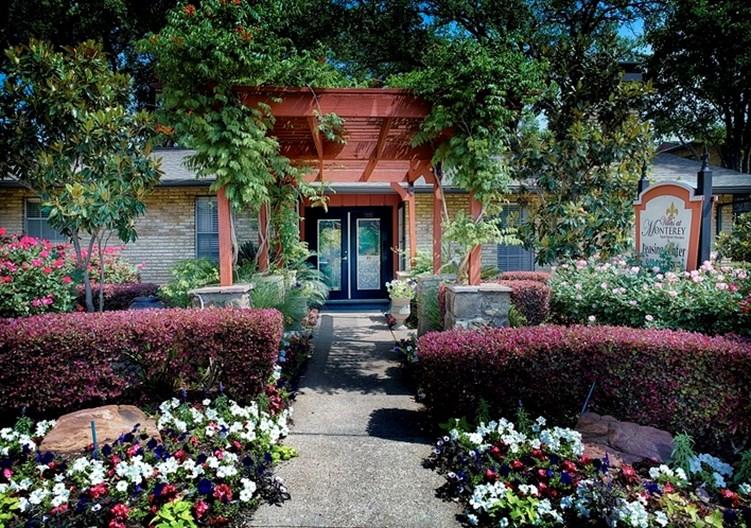 Villas at Monterey Apartments