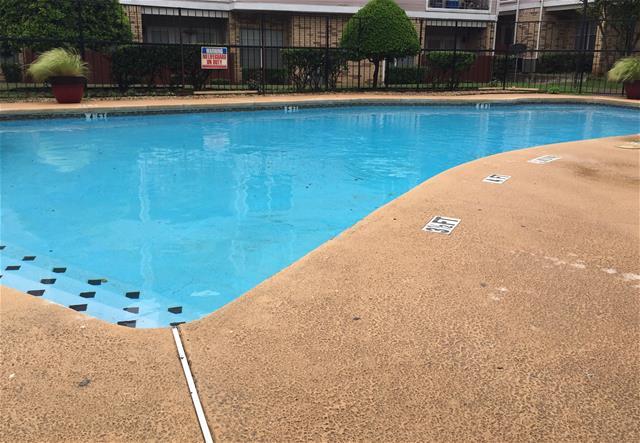 Pool at Listing #136132