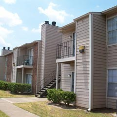 Exterior at Listing #139935