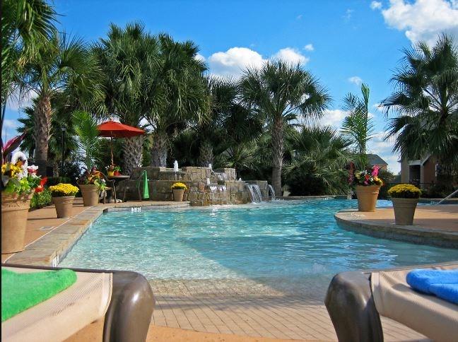 Pool at Listing #140784