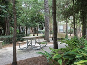 Picnic Area at Listing #144190