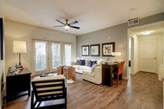 Living Room at Listing #145764