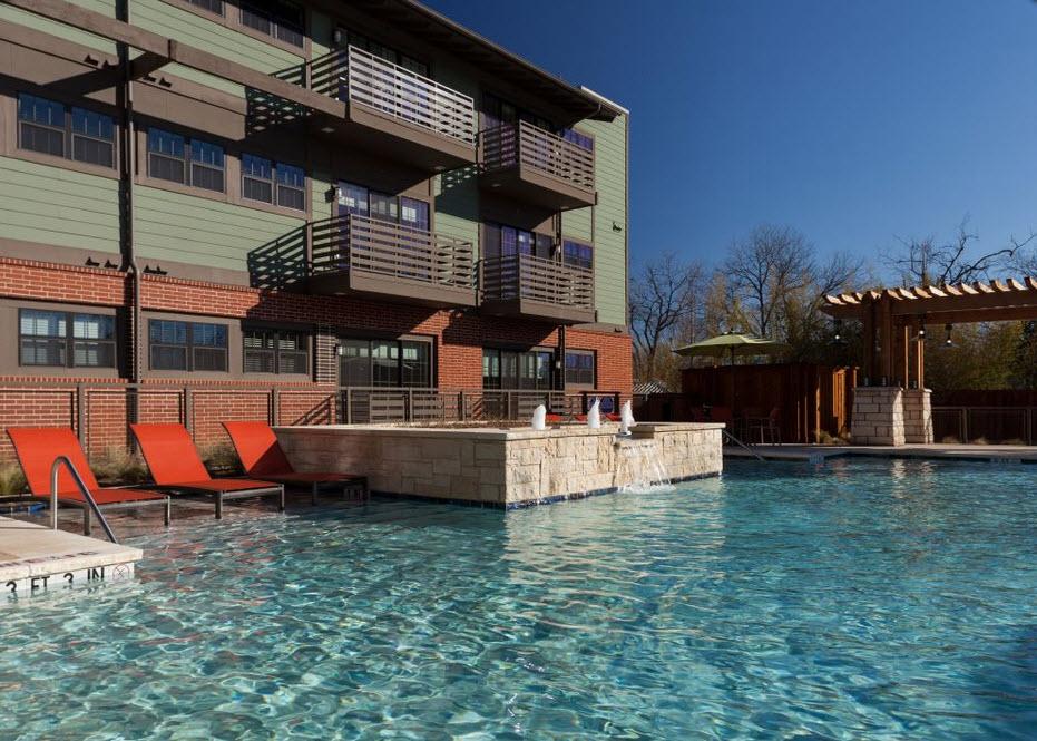 Pool at Listing #153298