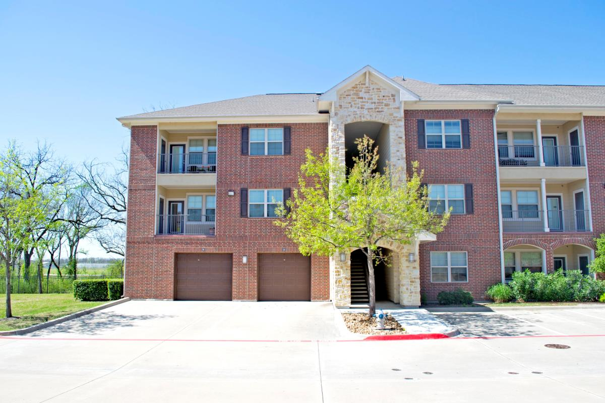 Exterior at Listing #145168